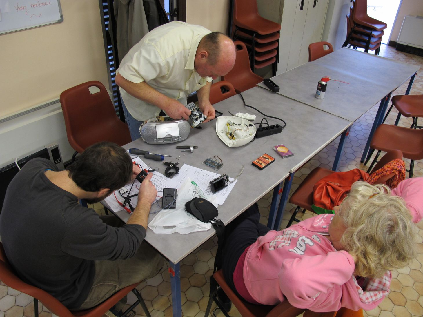 2014-11-11 Repair Café 09